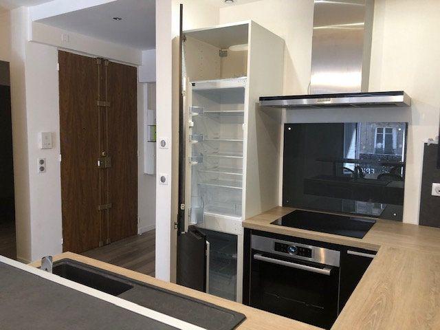 Appartement à louer 3 58m2 à Paris 10 vignette-6