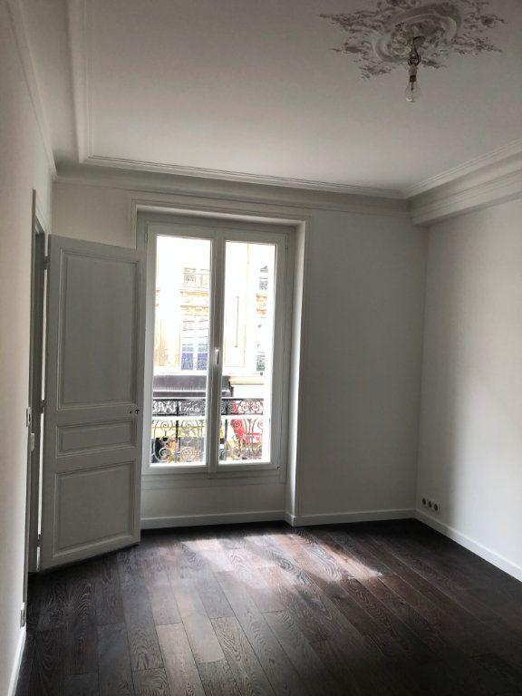 Appartement à louer 3 58m2 à Paris 10 vignette-8
