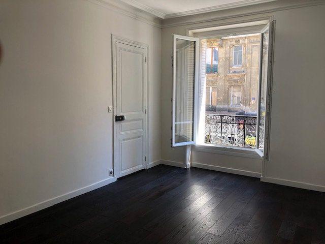 Appartement à louer 3 58m2 à Paris 10 vignette-15
