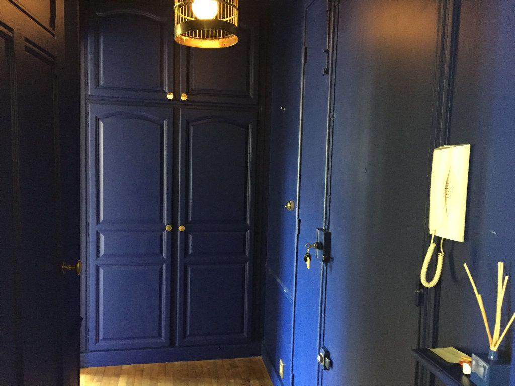 Appartement à louer 2 37m2 à Paris 17 vignette-6