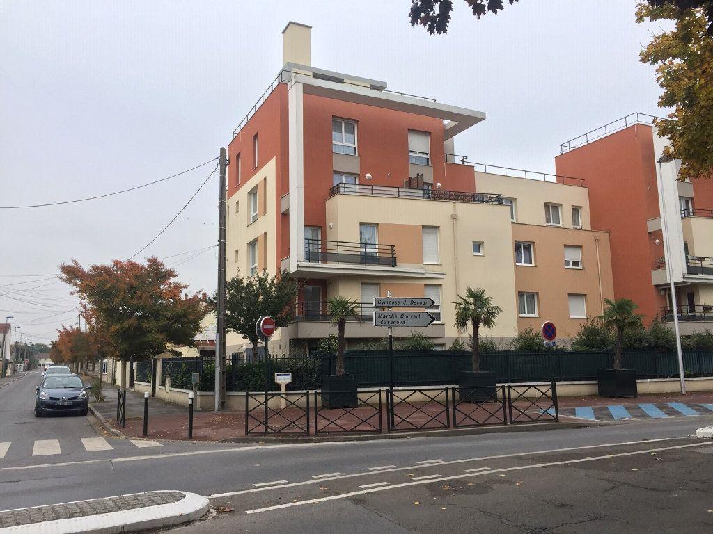 Appartement à louer 2 48.44m2 à Le Blanc-Mesnil vignette-2