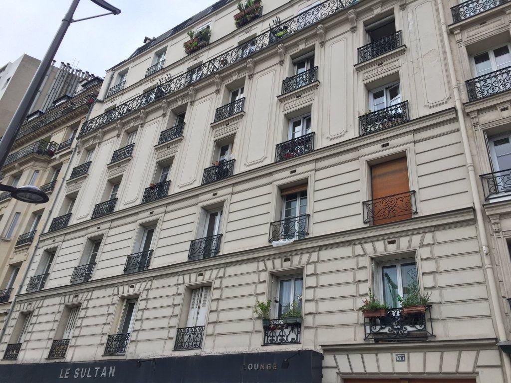 Appartement à vendre 1 31.35m2 à Paris 18 vignette-1