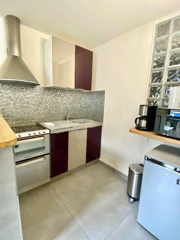 Appartement à vendre 2 36m2 à Paris 17 vignette-3