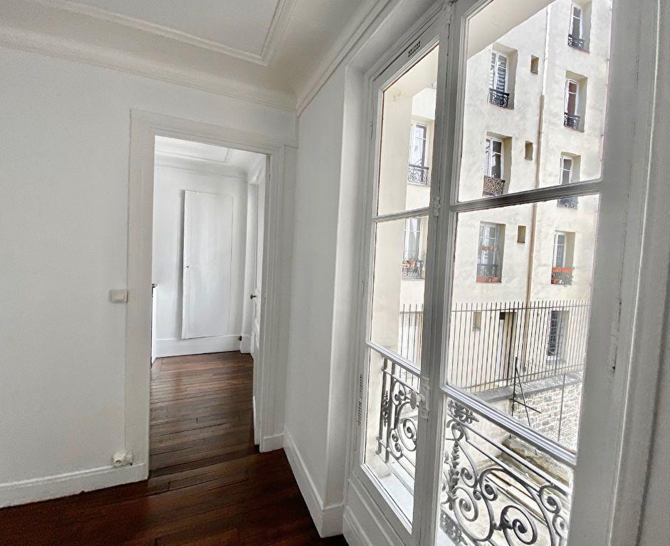 Appartement à vendre 2 36.6m2 à Paris 18 vignette-3