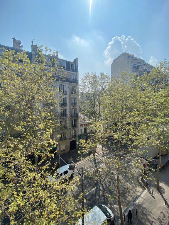 Appartement à vendre 3 49m2 à Paris 17 vignette-1