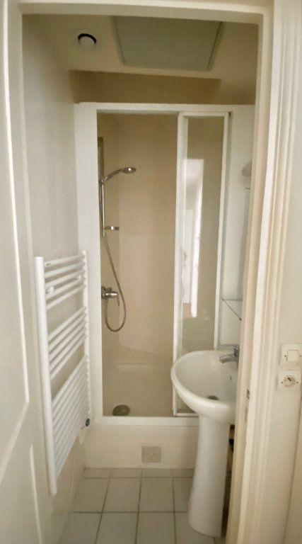 Appartement à vendre 3 49m2 à Paris 17 vignette-11
