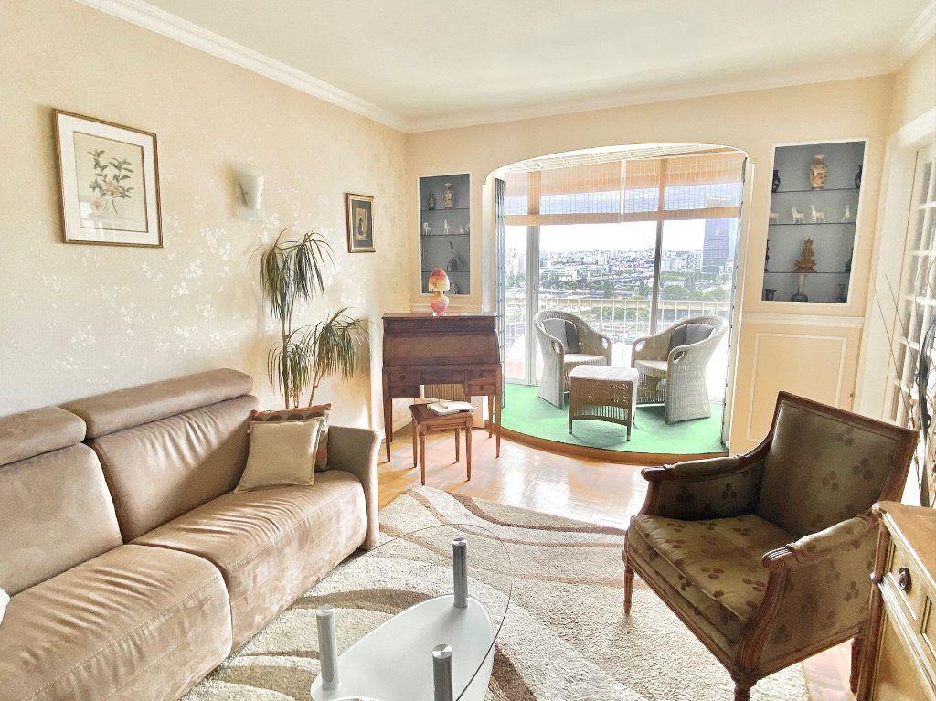 Appartement à vendre 5 108m2 à Paris 12 vignette-2