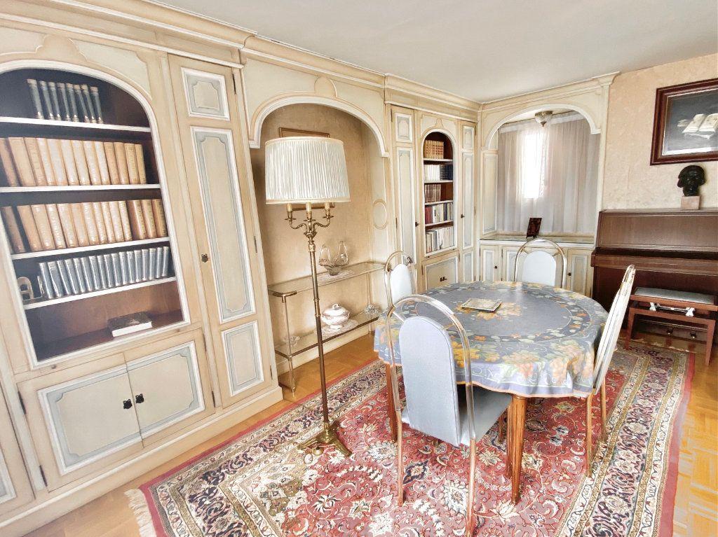 Appartement à vendre 5 108m2 à Paris 12 vignette-5