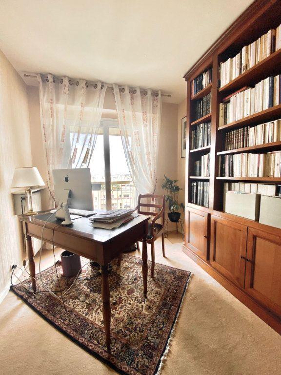 Appartement à vendre 5 108m2 à Paris 12 vignette-8