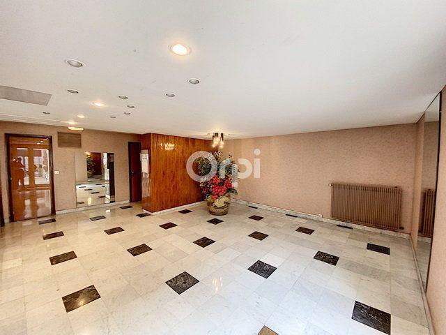 Appartement à vendre 1 31.35m2 à Paris 15 vignette-2