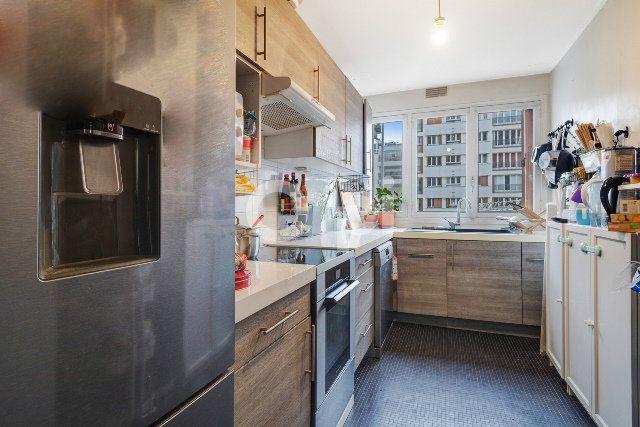 Appartement à vendre 3 66m2 à Paris 15 vignette-4