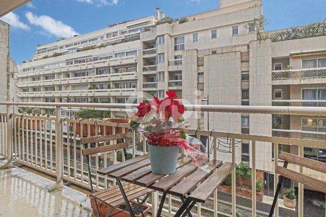 Appartement à vendre 3 66m2 à Paris 15 vignette-8