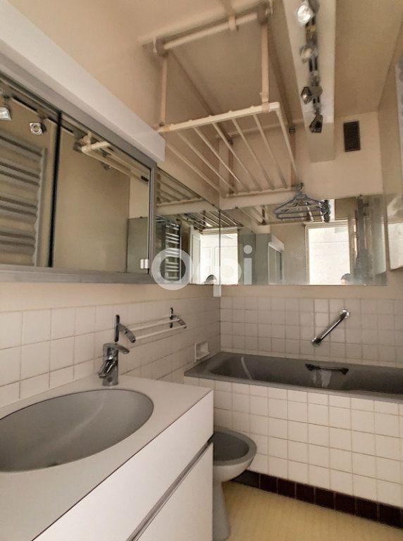 Appartement à vendre 5 89.4m2 à Paris 15 vignette-10