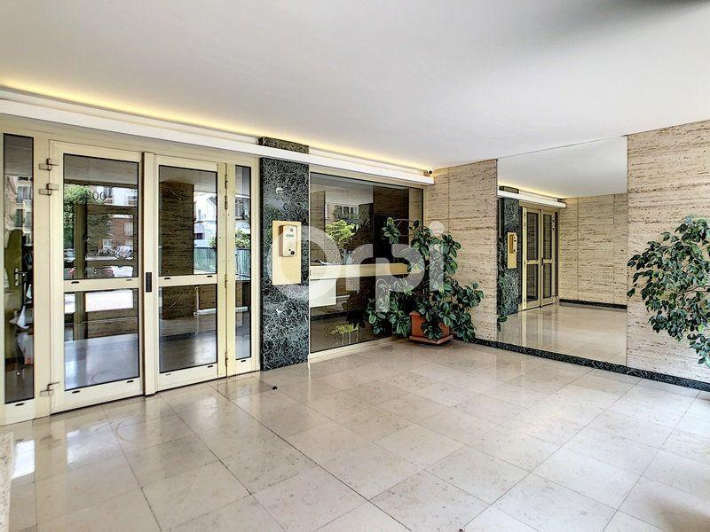 Appartement à vendre 5 89.4m2 à Paris 15 vignette-12