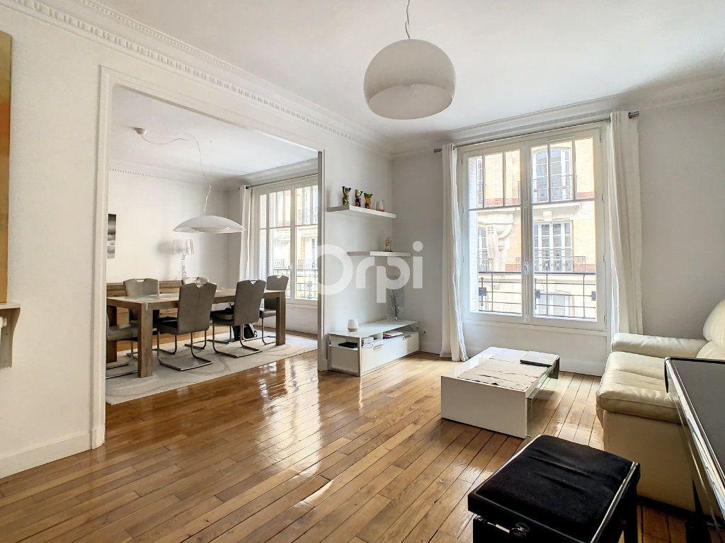 Appartement à vendre 4 90m2 à Paris 15 vignette-2
