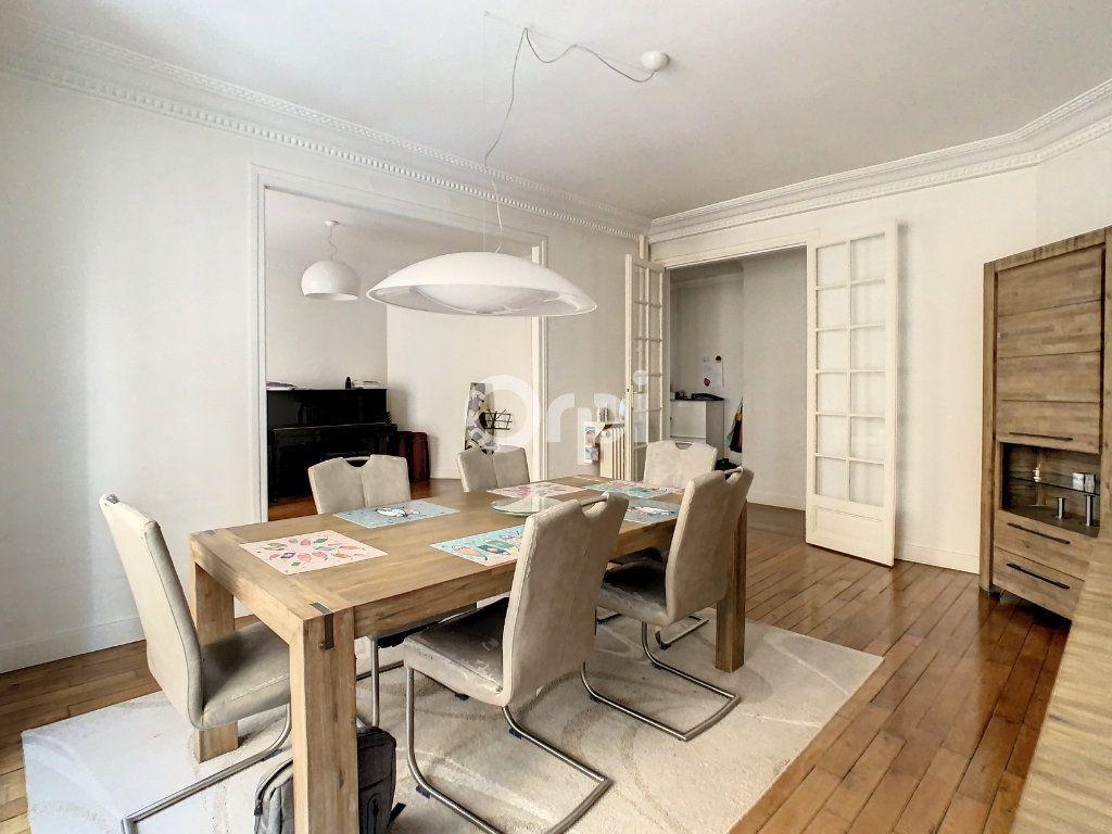 Appartement à vendre 4 90m2 à Paris 15 vignette-3