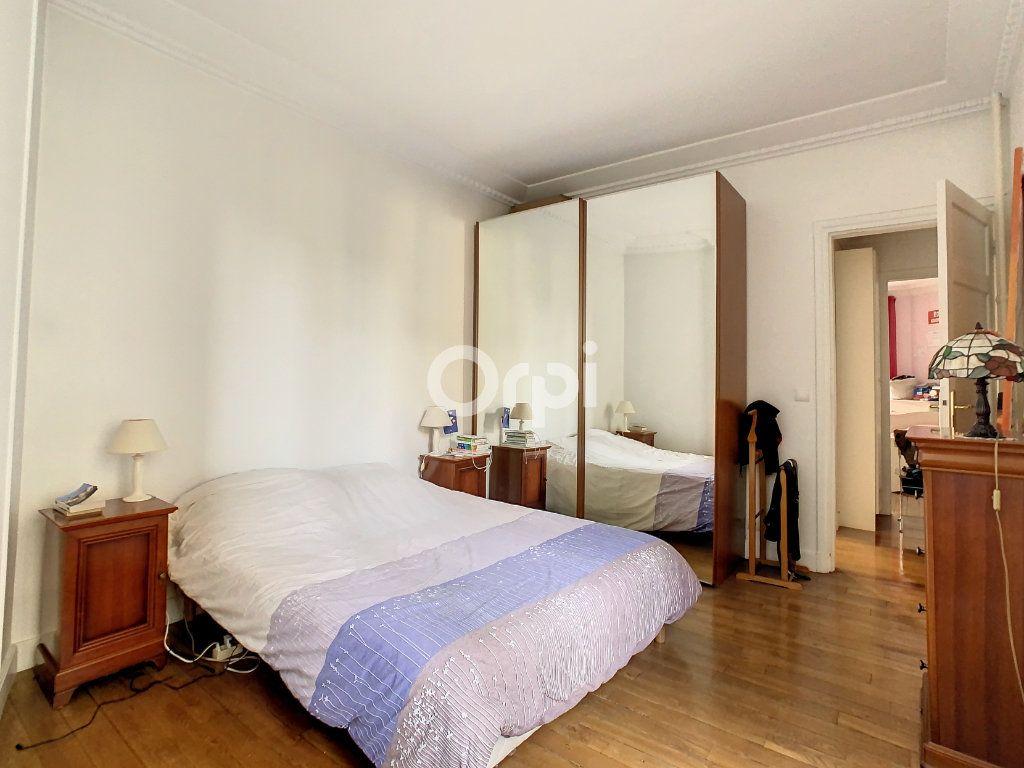 Appartement à vendre 4 90m2 à Paris 15 vignette-4