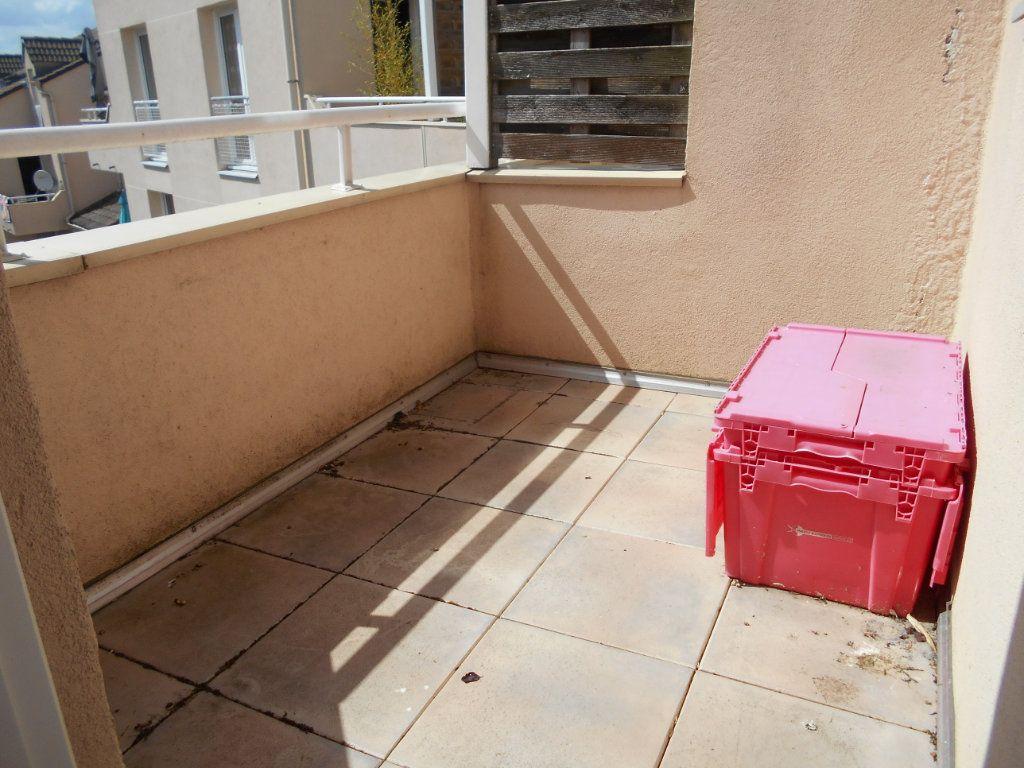 Appartement à vendre 3 63.2m2 à Les Ulis vignette-3