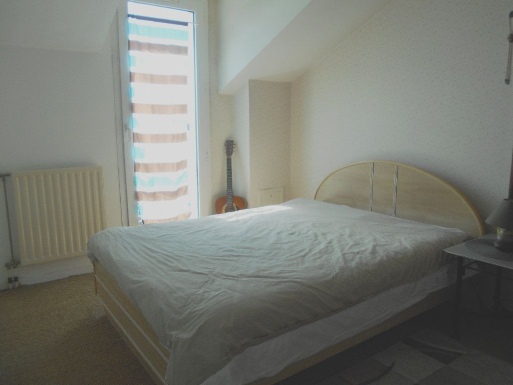 Appartement à vendre 3 63.2m2 à Les Ulis vignette-6