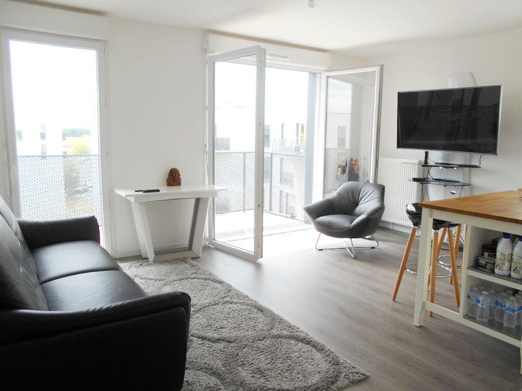 Appartement à vendre 3 60m2 à Les Ulis vignette-3