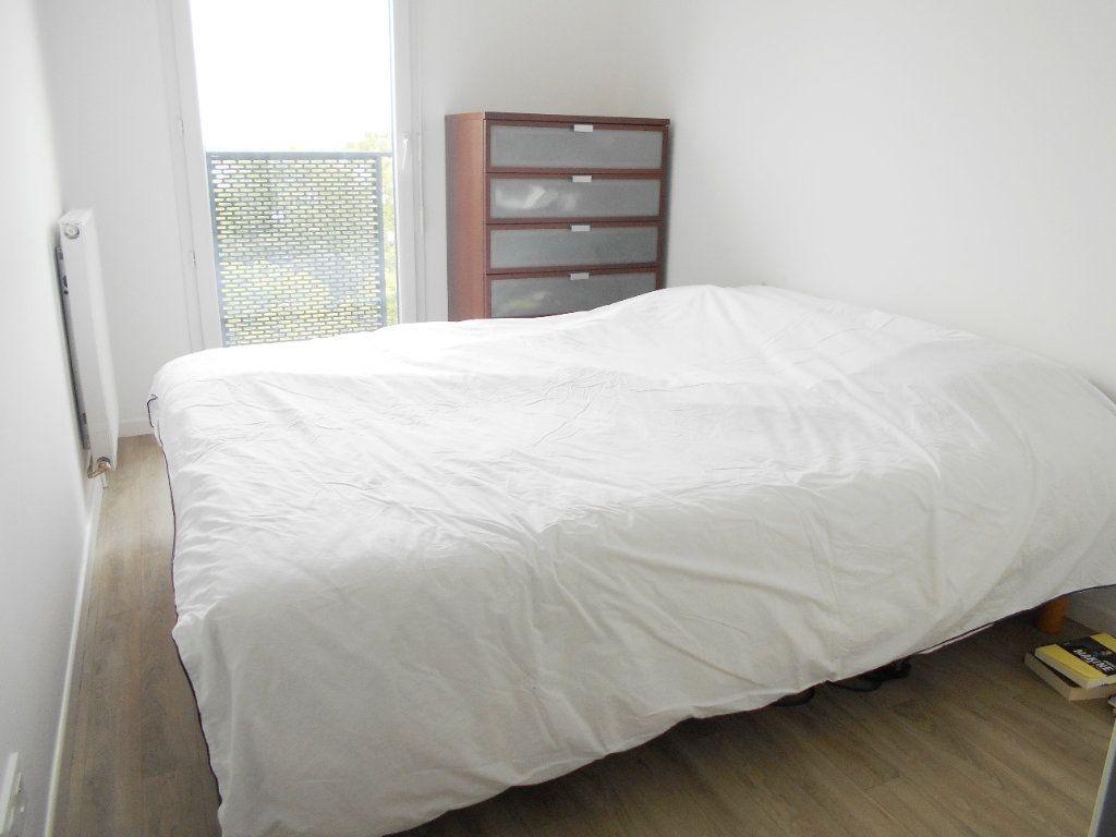 Appartement à vendre 3 60m2 à Les Ulis vignette-6