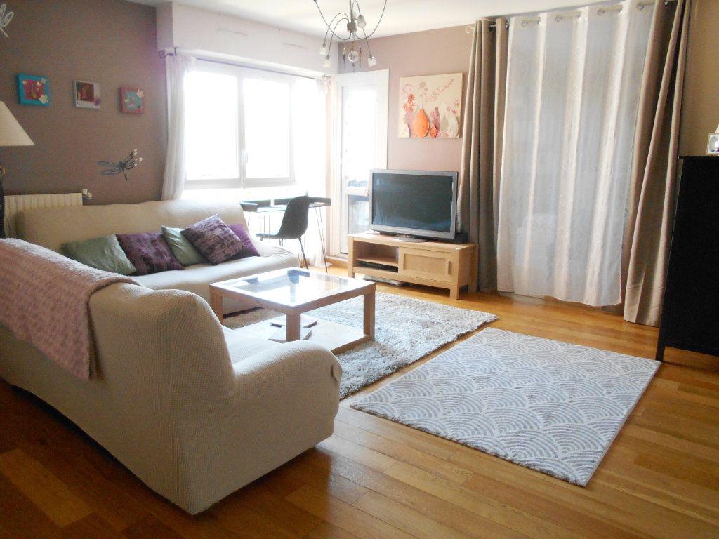 Appartement à vendre 5 99.19m2 à Les Ulis vignette-1
