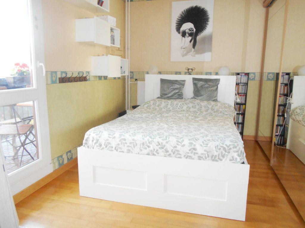 Appartement à vendre 5 99.19m2 à Les Ulis vignette-6
