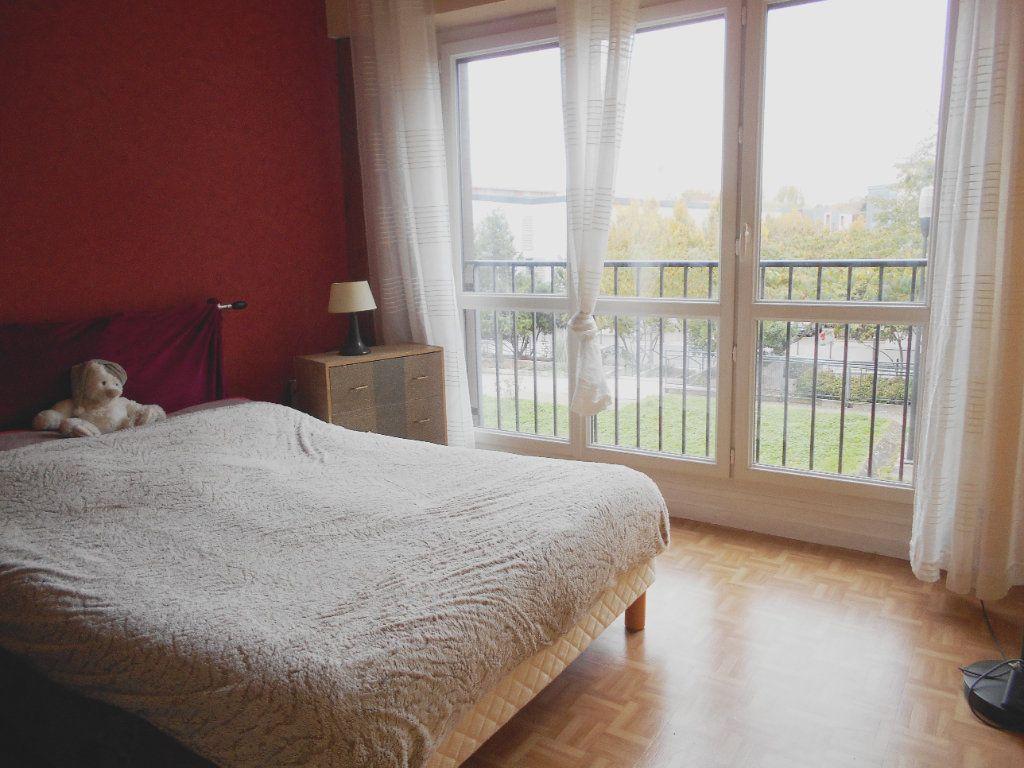 Appartement à vendre 5 96.49m2 à Les Ulis vignette-7