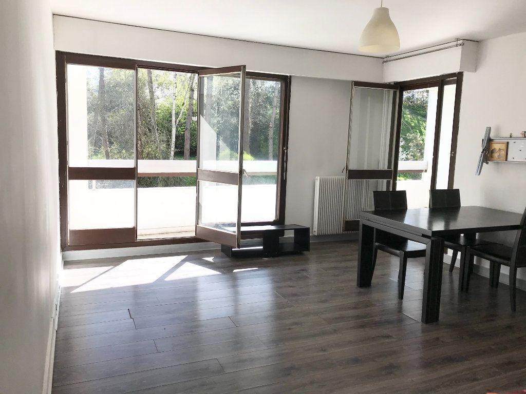Appartement à vendre 4 82m2 à Les Ulis vignette-1