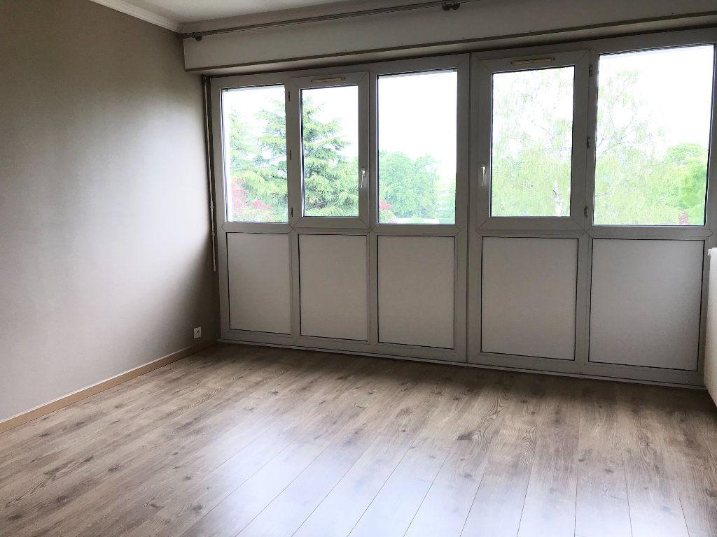 Appartement à vendre 4 83m2 à Les Ulis vignette-10