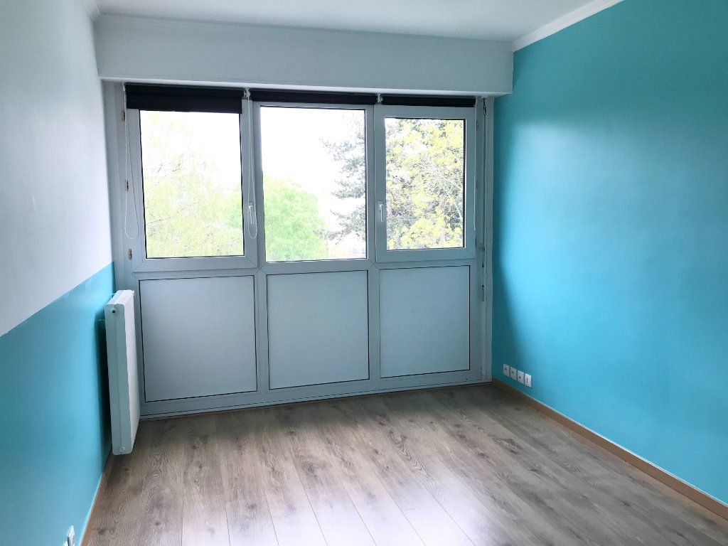 Appartement à vendre 4 83m2 à Les Ulis vignette-11