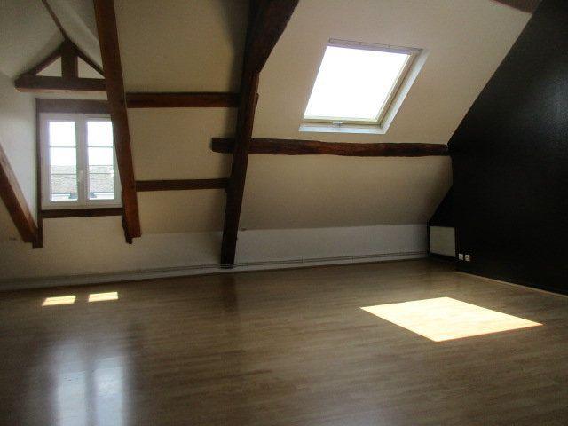 Appartement à louer 4 70m2 à Coulommiers vignette-5
