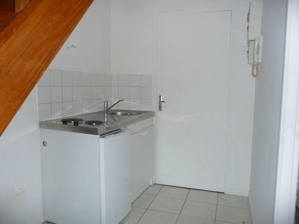 Appartement à louer 1 19.66m2 à Coulommiers vignette-3