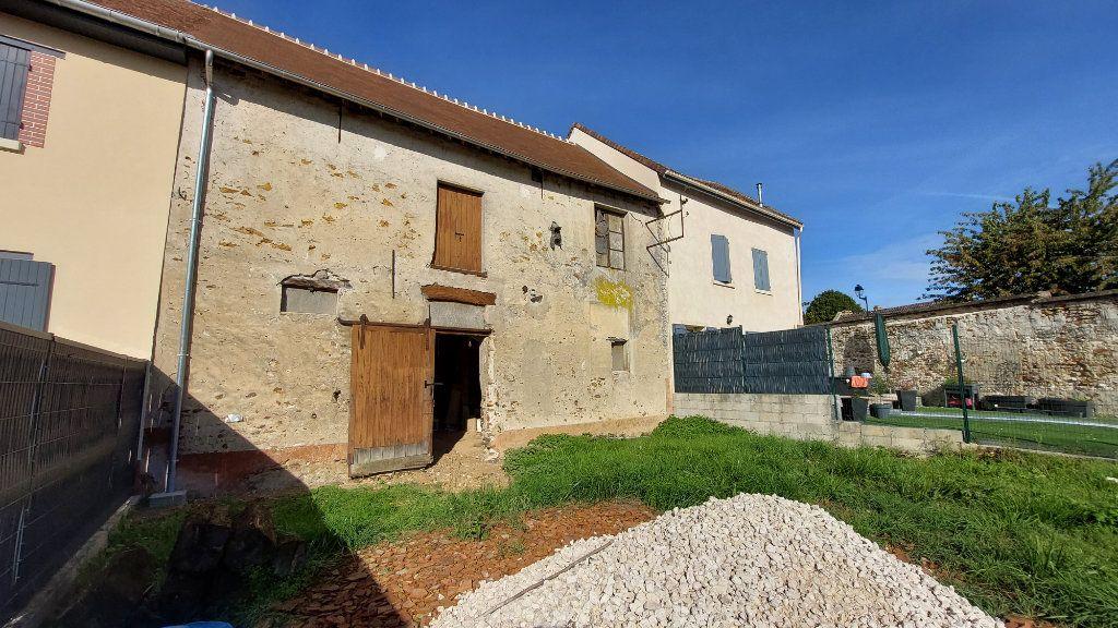 Maison à vendre 4 146m2 à Chailly-en-Brie vignette-1