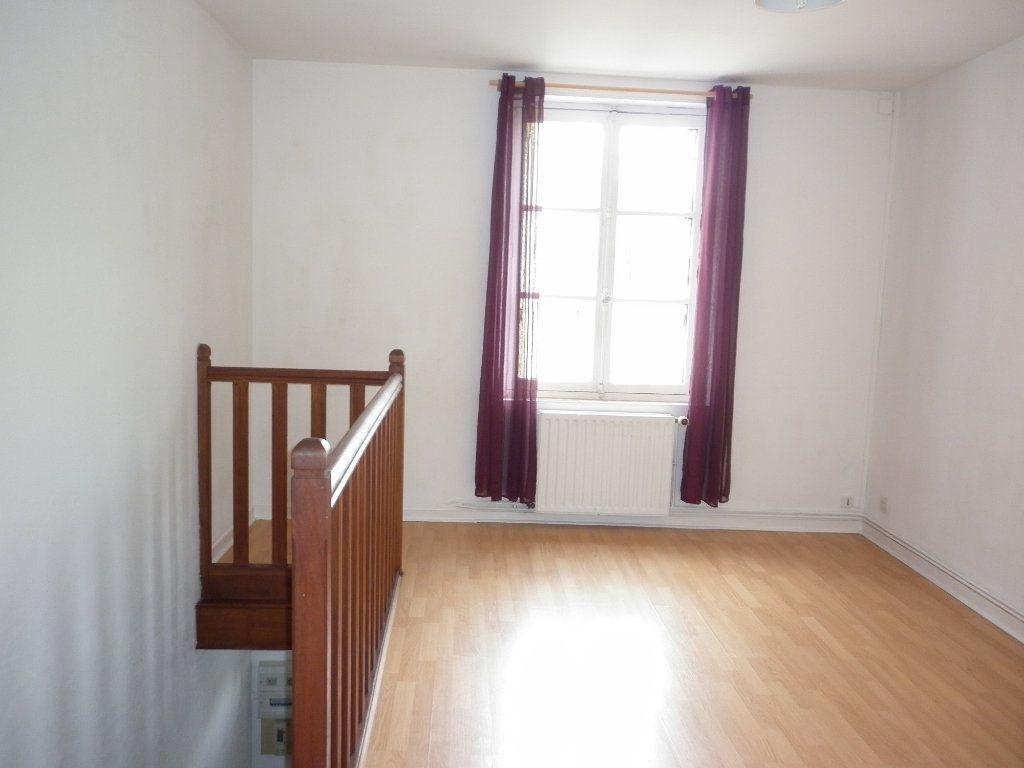 Appartement à louer 2 36.5m2 à Coulommiers vignette-2