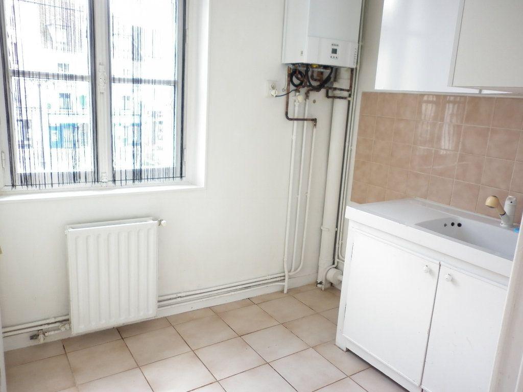 Appartement à louer 2 36.5m2 à Coulommiers vignette-3