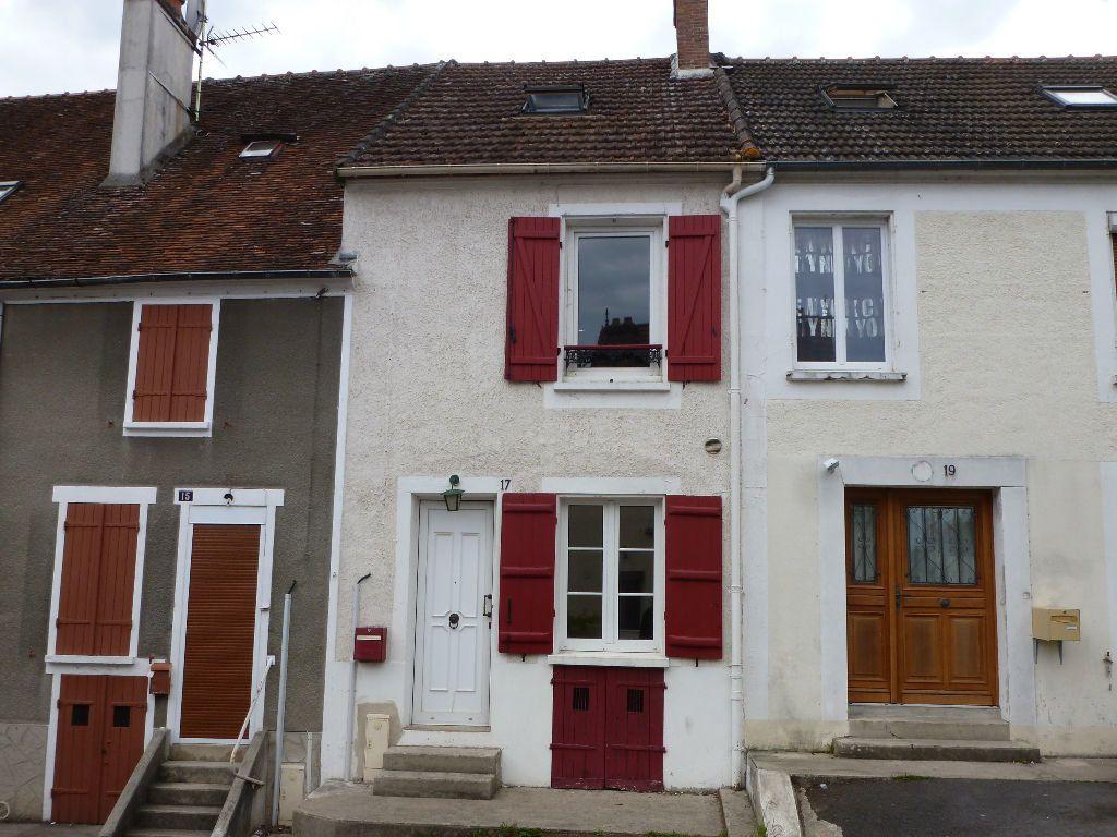 Maison à louer 4 75m2 à Jouy-sur-Morin vignette-2