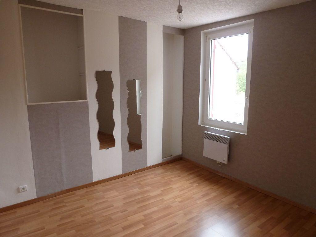 Maison à louer 4 75m2 à Jouy-sur-Morin vignette-6
