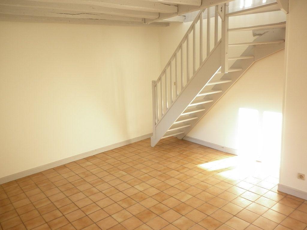 Appartement à louer 3 55.1m2 à Chailly-en-Brie vignette-2