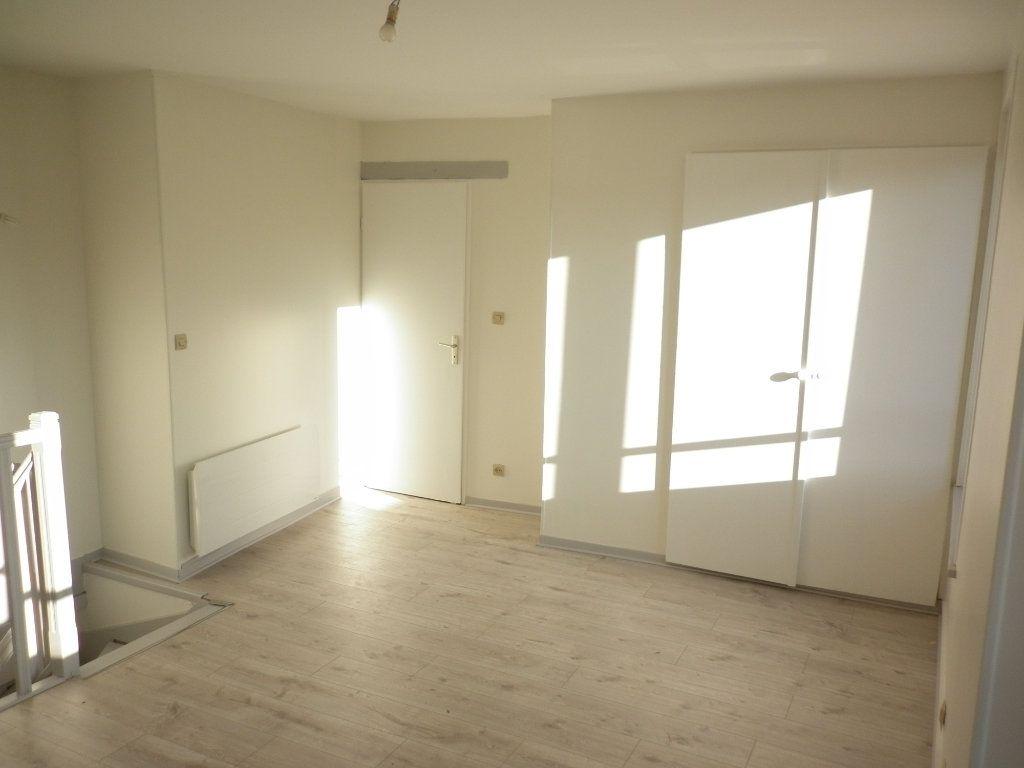 Appartement à louer 3 55.1m2 à Chailly-en-Brie vignette-8