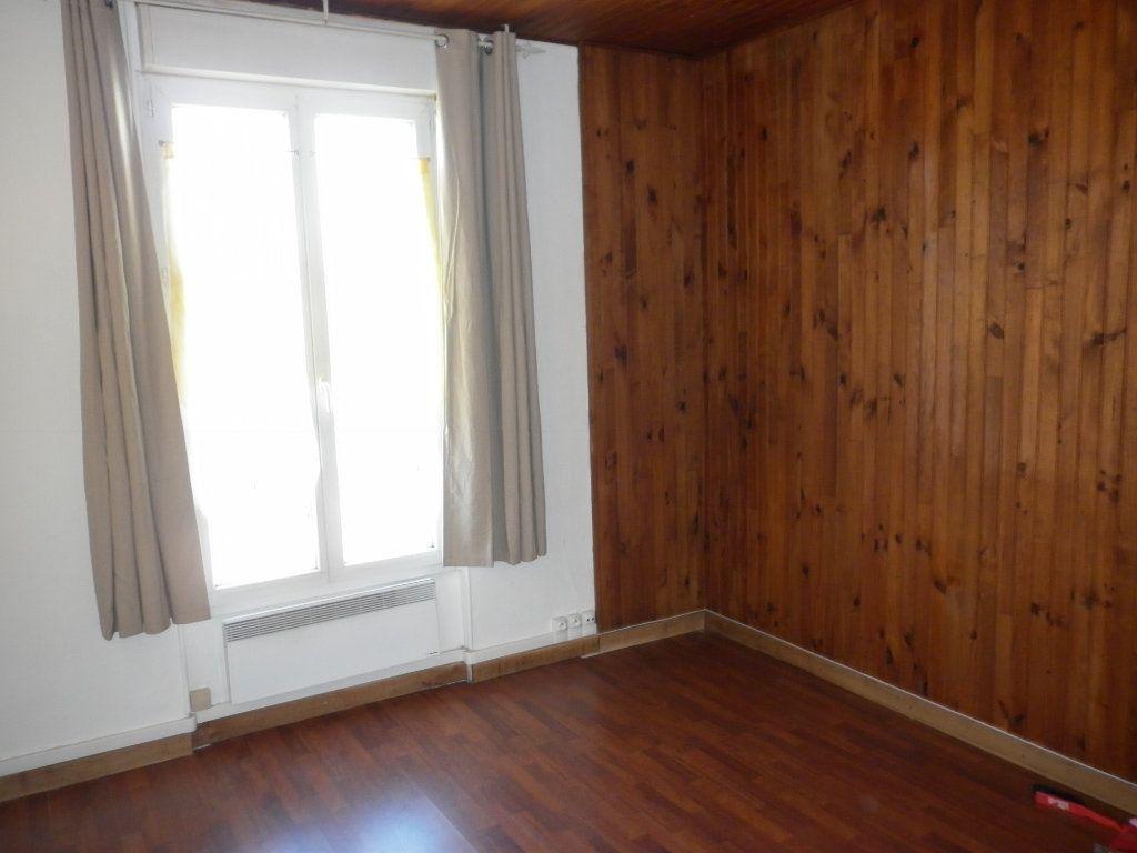 Appartement à louer 2 43.7m2 à Coulommiers vignette-5