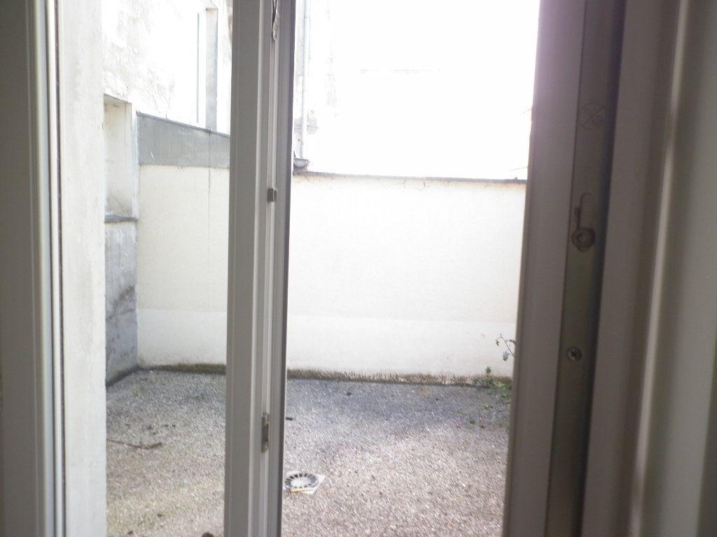 Appartement à louer 2 48m2 à Coulommiers vignette-4