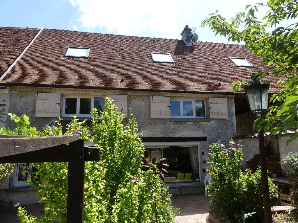 Maison à vendre 9 174.2m2 à Coulommiers vignette-3