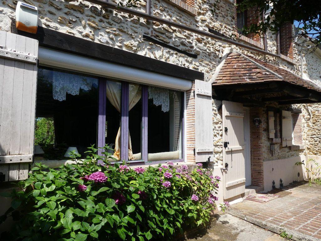 Maison à vendre 9 174.2m2 à Coulommiers vignette-7