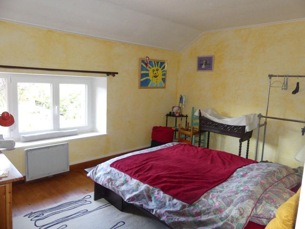 Maison à vendre 9 174.2m2 à Coulommiers vignette-9
