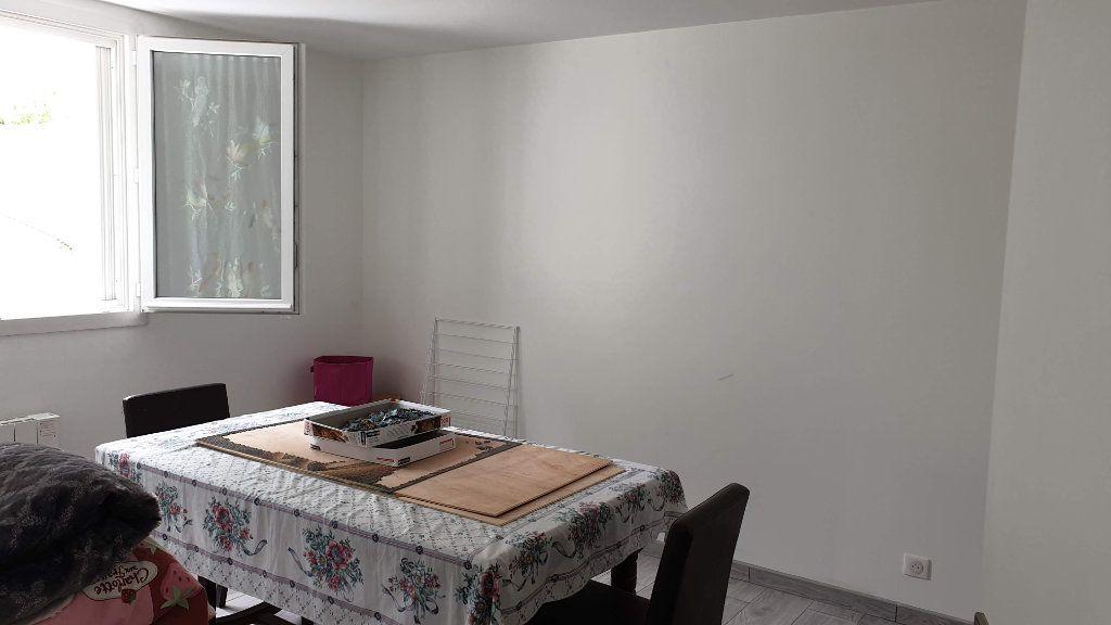 Appartement à vendre 3 52m2 à La Ferté-Gaucher vignette-6