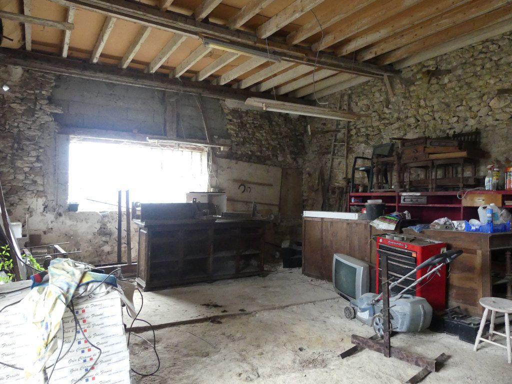 Maison à vendre 6 148m2 à La Ferté-Gaucher vignette-12