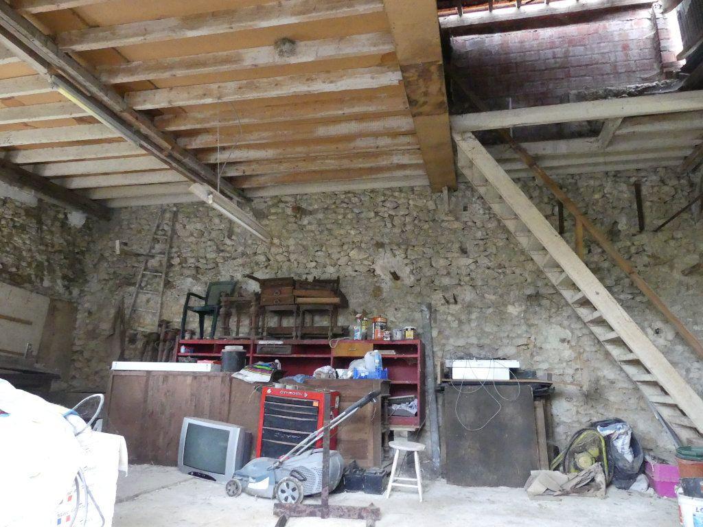 Maison à vendre 6 148m2 à La Ferté-Gaucher vignette-15