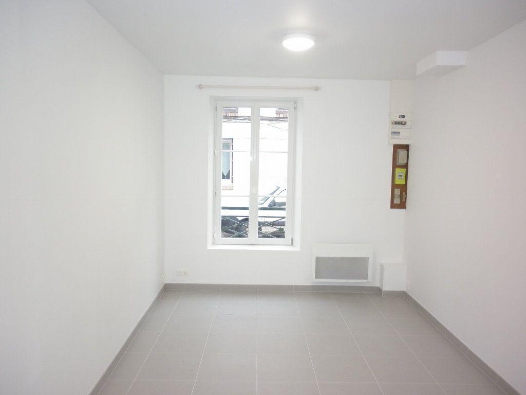 Appartement à louer 1 21.05m2 à Coulommiers vignette-1