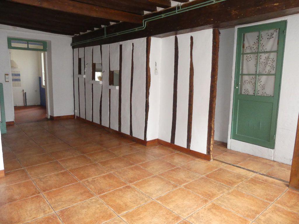 Maison à vendre 4 100m2 à Coulommiers vignette-1
